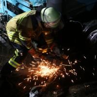 20161227_A96_Aitrach_Aichstetten_Lkw-Unfall_Feuerwehr_Poeppel_0070