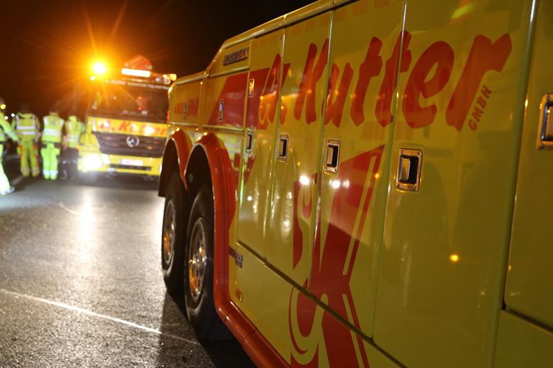 20161227_A96_Aitrach_Aichstetten_Lkw-Unfall_Feuerwehr_Poeppel_0082