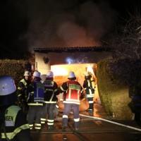 2016_Memmingen-Amendingen_Brand_Pkw_Garage_Feuerwehr_Poeppel_0006