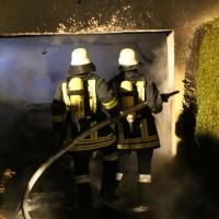 2016_Memmingen-Amendingen_Brand_Pkw_Garage_Feuerwehr_Poeppel_0022