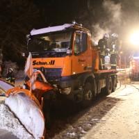 20170102_Biberach_Schwendi_Brand_Winterdienstfahrzeug_Feuerwehr_Poeppel_0008
