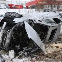 20170107_A7_Leubas_Pkw-Unfall_Baum_Schwerverletzte_Feuerwehr_Poeppel_0017