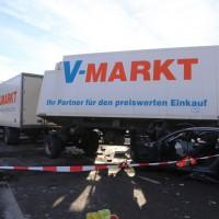 20170110_A96_Woerishofen_Buchloe_Wertach-Parkplatz_Unfall_Lkw-Pkw-Feuerwehr_Poeppel_0012