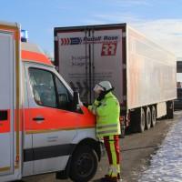 20170110_A96_Woerishofen_Buchloe_Wertach-Parkplatz_Unfall_Lkw-Pkw-Feuerwehr_Poeppel_0018