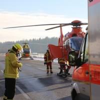 20170110_A96_Woerishofen_Buchloe_Wertach-Parkplatz_Unfall_Lkw-Pkw-Feuerwehr_Poeppel_0029