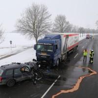 Unfall Frontal Biessenhofen tödlich LKW B16 Bringezu (1)