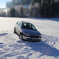 Unfall ST2055 Kaufbeuren Friesenried Oberbeurer Steige Winter (1)