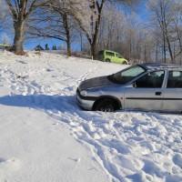 Unfall ST2055 Kaufbeuren Friesenried Oberbeurer Steige Winter (6)