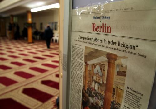 Zeitungsausschnitt über Hassprediger in einer Berliner Moschee, über dts Nachrichtenagentur