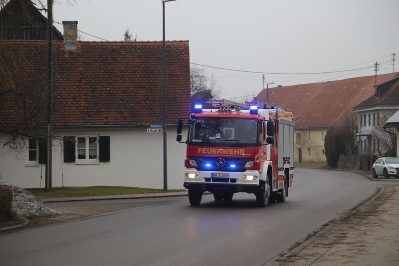 Fellheim k chenbrand weitet sich zu wohnhausbrand aus for Einfamilien fertighaus