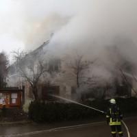 20170213_Unterallgaeu_Minelheim-Westernach_Brand_Gebaeude_Feuerwehr_Poeppel_0019