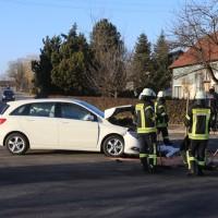 20170216_Biberach_Illerbachen_Unfall_Polizei_Feuerwehr_Poeppel_0003