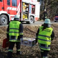 20170216_Unterallgaeu_Tussenhausen_Türkheim_Lkw-Unfall_Feuerwehr_Poeppel_0020