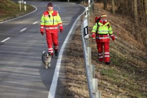 201710226_Unterallgaeu_Mindelheim_Vermisstensuche_Hilfeschreie_Rettungshunde_Polizei_Feuerwehr_Poeppel_0016