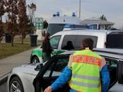 Polizei-Kontrolle_Bus_Einreise