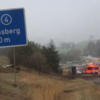 20170324_A96_Weissensberg_Lkw-Unfall_Feuerwehr_Oel_Poeppel_0012