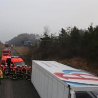 20170324_A96_Weissensberg_Lkw-Unfall_Feuerwehr_Oel_Poeppel_0022