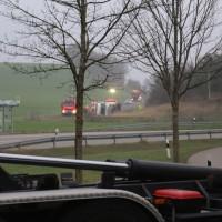 20170324_A96_Weissensberg_Lkw-Unfall_Feuerwehr_Oel_Poeppel_0033