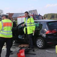 20170328_B465_Bad-Wurzach_Leutkirch_Frontalzusammenstoss_Feuerwehr_Poeppel_0026
