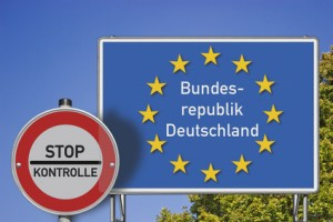 Grenzschild BRD/GrenzkontrolleBild ist Fotomontage