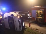 20170401_A96_leutkirch_Unfall_Pkw-Transporter_Feuerwehr_Poeppel_0006