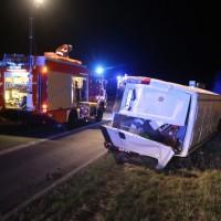 20170401_A96_leutkirch_Unfall_Pkw-Transporter_Feuerwehr_Poeppel_0009