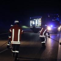 20170401_A96_leutkirch_Unfall_Pkw-Transporter_Feuerwehr_Poeppel_0010