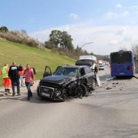 20170404_Kaufbeuren_Bus_Pkw_Unfall_Rettungsdienst_Polizei_dedinag_0005