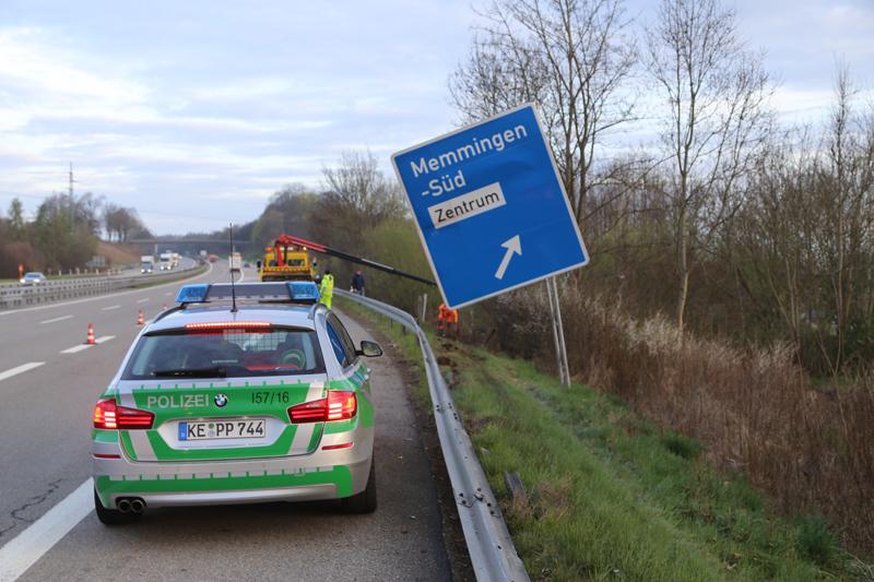 20170407_A7_Memmingen_Unfall_Polizei_Poeppel_0003