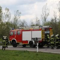 20170410_A96_Stetten_Pkw-Brand_Feuerwehr_Poeppel_0003