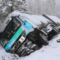 20170419_B465_Bad-Wurzach_Lkw-Unfall_Polizei_Poeppel_0005