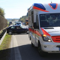 20170424_A96_Aichstetten_Unfall_Lkw-Pkw_Polizei_Poeppel_0001