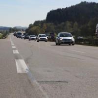 20170424_A96_Aichstetten_Unfall_Lkw-Pkw_Polizei_Poeppel_0003