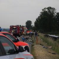 20170625_A7_Groenenbach_Woringen_Kleinbus_Unfall_Feuerwehr_Poeppel_0004