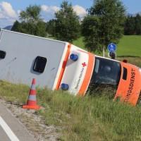 20170626_B310_Pfronten_Nesselwang_Unfall_Rettungswagen_Polizei_Poeppel_0002