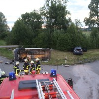 2017-07-04_Unterallgaeu_Kirchheim_Wanzelkreuzung_Unfall_Feuerwehr_Poeppel_0011
