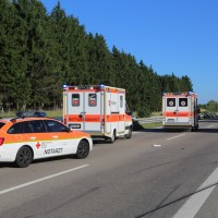 2017-07-16_A7_Groenenbach_Dietmannsried_Unfall_Wohnmobil_Polizei_Poeppel-0012