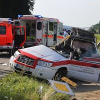 2017-07-19_B465_Leutkirch_Diepoldshofen_Unfall_DRK_Lkw_Feuerwehr_Poeppel-0002