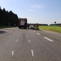 2017-07-19_B465_Leutkirch_Diepoldshofen_Unfall_DRK_Lkw_Feuerwehr_Poeppel-0019