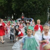 2017-07-20_Memmingen_Memminger_Kinderfest_2017_Umzug_Grundschulen_Poeppel-0229