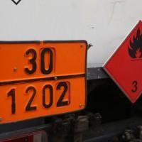 2017-07-25_B30_Unteressendorf_Tank-Lkw_Gefahrgut_Achsbruch_Feuerwehr_Poeppel-0017