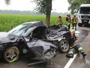 20170714_Unterallgaeu_Wiedergeltingen_Unfall_Pkw_Baum_Feuerwehr_Poeppel-0007
