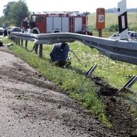 2017-08-02_A96_Erkheim_Unfall_Reifenplatzer_Feuerwehr_Poeppel-0003