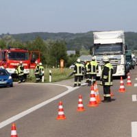 2017-08-02_A96_Erkheim_Unfall_Reifenplatzer_Feuerwehr_Poeppel-0006