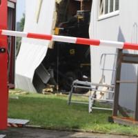 2017-08-02_B30_Oberessendorf_Lkw_Halle_Feuerwehr_Poeppel-0019