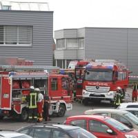 2017-08-02_B30_Oberessendorf_Lkw_Halle_Feuerwehr_Poeppel-0030