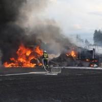 2017-08-05_Biberach_Tannheim_Krimmel_Feldbrand_Ballenpresse_Feuerwehr_Poeppel-0010