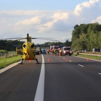 2017-08-13_A7_Dettingen_Berkheim_Unfall_Transporter_Feuerwehr_Poeppel-0005