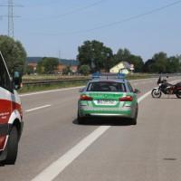 2017-08-15_A7_Dettingen_Altenstadt_Motorrad_Unfall_Reifenplatzer_Feuerwehr_Poeppel-0016