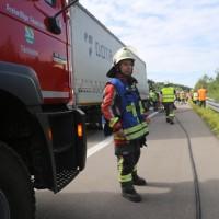 20170822_A96_Woerishofen_Mindelheim_Unfall_Pkw_Lkw_Feuerwehr_Poeppel-0015